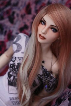 Beautiful Fashion Doll