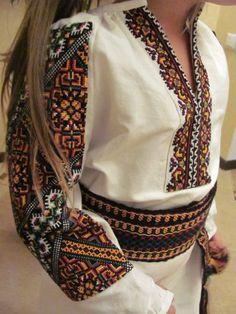 Ukraine, from Iryna Polish Embroidery, Folk Embroidery, Embroidery Ideas, Folk Fashion, Ethnic Fashion, Ukrainian Dress, Embroidered Clothes, Modern Cross Stitch Patterns, Vintage Outfits
