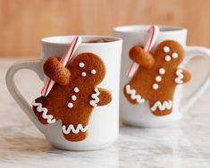 Healthy Men Gingerbread Man Mug Mates ♛BOUTIQUE CHIC♛ - Spread holiday cheer with sugar, spice and lots of frosting, with our best Christmas cookie recipes from Food Network chefs. Holiday Treats, Christmas Treats, Christmas Fun, Holiday Recipes, Christmas Gingerbread, Christmas Recipes, Gingerbread Houses, Christmas Baking Gifts, Gingerbread Dough