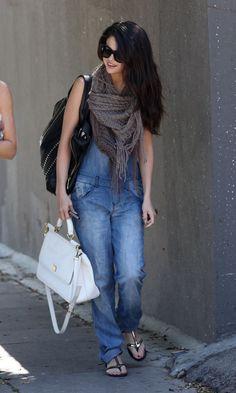 Overalls Selena Gomez