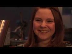 Coming-out im Roman: die lesbische Autorin Lina Kaiser im queerblick-Thekentalk - YouTube