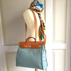 00f743b42c16 Hermes Ciel Nature Her Bag MM Zip 39 Handbag w Original Sales Receipt    Dustbag