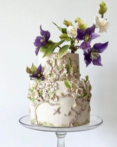 Artistic Creations of a Flower and Cake Designer – Blue and White Home Cool Wedding Cakes, Beautiful Wedding Cakes, Beautiful Cakes, Cupcakes, Cupcake Cakes, Modern Cakes, Painted Cakes, Dessert Decoration, Cake Trends