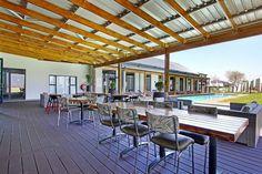 Umthunzi Valley Clubhouse veranda