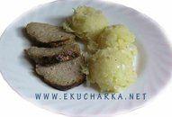 Lepenice - brambory se zelím a cibulí +video   Recepty a videorecepty Baked Potato, Grains, Rice, Potatoes, Baking, Ethnic Recipes, Food, Potato, Bakken