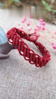 Rope Crafts, Diy Crafts Jewelry, Bracelet Crafts, Jewelry Ideas, Diy Friendship Bracelets Patterns, Diy Bracelets Easy, Hemp Bracelets, Survival Bracelets, Paracord Bracelets