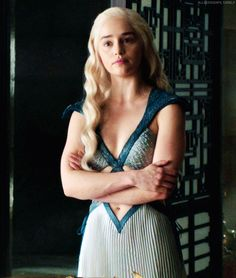 Check out the post right here for very best Game of Thrones pictures. These beautiful pictures will make you happy. Danyeres Targaryen, Daenerys Targaryen Dress, Emilia Clarke Daenerys Targaryen, Game Of Throne Daenerys, Khaleesi, Emilia Clarke Hot, Emelia Clarke, Aegon O Conquistador, Arte Game Of Thrones