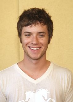 The lovely Jeremy Sumpter! Even cuter now than he was when he played Peter Pan all those years ago. They've gotta get this guy in some more movies, methinks!