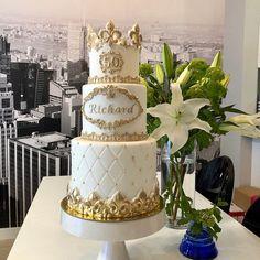 Cake Table, Dessert Table, Fondant, Cakes Today, Fake Cake, Cupcakes, Gold Cake, Cake Cover, Free Blog