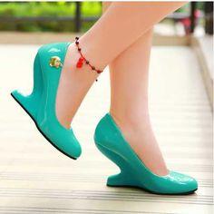 2015 новое клин туфли на высоком каблуке весна / осень странные туфли на каблуках круглый носок туфли на высоком каблуке сладкие фрукты цвет туфли на высоком каблуке для девочек женская обувь, принадлежащий категории Туфли и относящийся к Обувь на сайте AliExpress.com | Alibaba Group
