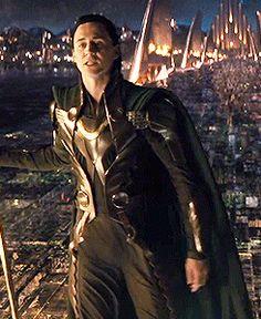 Loki Loki LOKIII! the loki-moves are the best moves in the whole movie♥