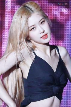 Photo album containing 38 pictures of Rosé Korean Girl, Asian Girl, Foto Rose, Rose Bonbon, Lisa, Rose Icon, Rose Park, Black Pink Kpop, Blackpink Photos