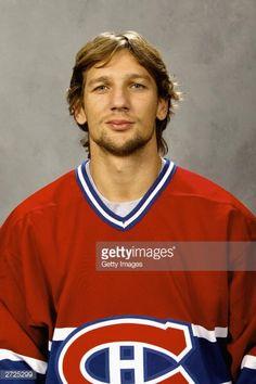 Fotografía de noticias : Richard Zednik of the Montreal Canadiens poses...