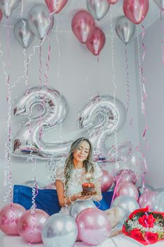 Cute Birthday Pictures, Birthday Ideas For Her, Birthday Goals, Birthday Photos, Happy Birthday 22, 22nd Birthday, Girl Birthday, Balloon Pictures, Birthday Photography