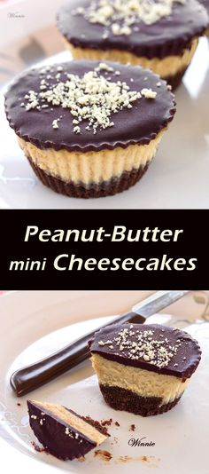Peanut-Butter mini Cheesecakes, topped with Chocolate. I'm a bit of a peanut butter geek :D Just Desserts, Delicious Desserts, Yummy Food, Cheesecake Recipes, Dessert Recipes, Cheesecake Cupcakes, Chocolate Cheesecake, Yummy Treats, Sweet Treats