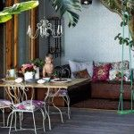 This Cape Town abode has retained its old-fashioned grace while embracing its young family.