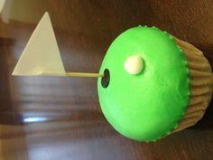 Golf cupcakes. Golf Cupcakes, Cupcake Cakes, Desserts, Food, Tailgate Desserts, Deserts, Essen, Postres, Meals
