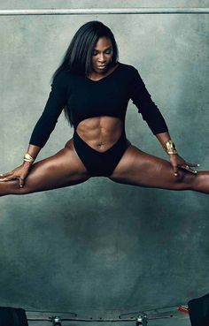 Serena Williams won Wimbledon for the seventh time this year. The is ranked as the number one female tennis player in the world and has won 10 Grand Slam singles and 13 Grand Slam doubles championships alongside her sister, Venus Williams. Fit Black Women, Beautiful Black Women, Black Girls, Fit Women, Beautiful Eyes, Beautiful Pictures, Fitness Noir, Black Fitness, Serena Williams
