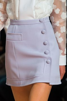 Carven at Paris Fashion Week Fall 2015 The white blouse with netted sleeves and lilac skirt with side buttons.all so vintage Fashion Week Paris, High Fashion, Womens Fashion, Fall Fashion, Skirt Outfits, Cute Outfits, Jupe Short, Haute Couture Style, Couture Fashion
