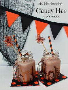 Double Chocolate Candy Bar Milkshake #TruMooTreats #dessert #chocolate #ad