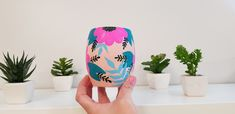 Pottery Painting Designs, Paint Designs, Painted Cups, Painted Rocks, Diy And Crafts, Arts And Crafts, Paper Crafts, Painted Flower Pots, Desiderata