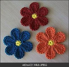 love crochet flowers.