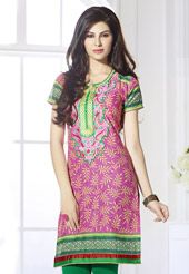 Pink cotton readymade short sleeve kurti designed with abstract print, thread and patch border work. Bottom and accessories shown in the image is just for photography purpose. (Slight variation in color is possible.)