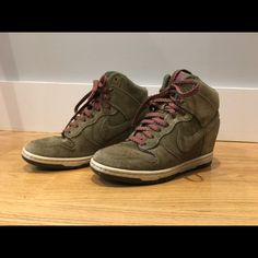 purchase cheap b6be8 d301d Nike Shoes   Army Green Nike Wedge Dunk Sky Hi Wedge   Color  Green   Size   7