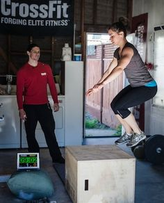 Crossfit: unique /helpful website for fitness. JULIE FOUCHER! I love her too! :)