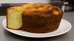 Como fazer Bolo de Coco: Aprenda a fazer um delicioso bolo de coco com o chef Guilherme Guzela.