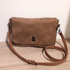 Sac à main camel Textiles, Bags, Fashion, Purse, Accessories, Handbags, Moda, Dime Bags