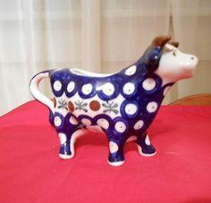 Boleslawiec Wiza Polish Pottery Cow Bull Creamer Marked Handmade Stoneware | eBay Cow Creamer, Tea Kettles, Pottery Making, Polish Pottery, Cows, Sugar Bowl, Farm Animals, Piggy Bank, Old And New