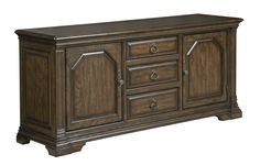 Traditional buffet sideboard table from the Berwick Court collection by Kincaid. New for #hpmkt Spring 2015.