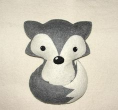 Wool Felt Fox Set of 2 for Sonia Morales