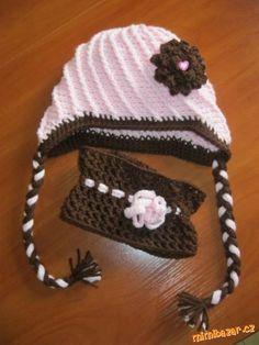 HÁČKOVÁNÍ - Čepice ze šikmých reliefních sloupků + návod na kytičku Crochet Hats, Beanie, Bonnets, Fashion, Children, Moda, La Mode, Fasion, Beanies