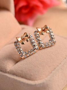 Endearing bowknot square studded earrings