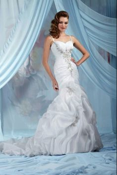 Bluebell Bridal, Melbourne wedding gowns