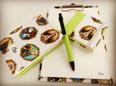 E que não nos falte nunca, motivos para acreditar! Kit com prancheta pequena, caderno e post-it #kitpapeldasduas #fe #feitoamao #handmade #bookbinding #encadernação