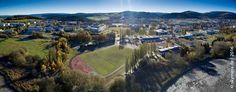 """Ein Blick über einen Teil der TU Ilmenau in Richtung Stadt Ilmenau. Im Hintergrund der """"Kickelhahn"""" und Thüringer Wald Auch als 3 Bilder Panorama mit dem gesamten Campus"""