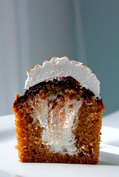 S'MORE Cupcakes. The