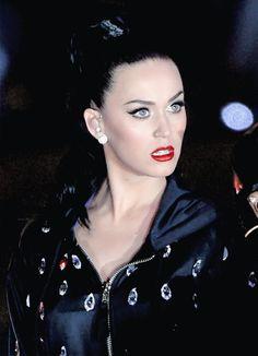 High Society Dame. Katy Perry