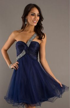 Shop short prom dresses and short formal gowns at PromGirl. Short prom dresses, formal short dresses, semi-formal short dresses, short party dresses for prom, and short dresses for prom Prom Dress 2013, Cheap Homecoming Dresses, Unique Prom Dresses, Prom Party Dresses, Dance Dresses, Pretty Dresses, Strapless Dress Formal, Beautiful Dresses, Short Dresses
