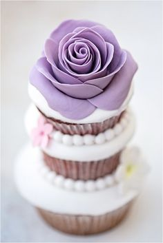 STACKED COOKIE & CUPCAKE IDEAS on Pinterest | Wedding Cake Cookies ...