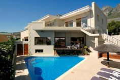 A luxurious blend of relaxation, warmth and style awaits you at Villa Atlantica Boutique guesthouse. Owner managed, you are always assured of warm Mansions For Sale, Mansions Homes, Cape Town Accommodation, Rich Home, Traditional House Plans, Expensive Houses, Celebrity Houses, Cool Pools, Luxury Villa