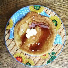 cuisinedemememoniq:  Pancake au beurre et sirop d'érable...