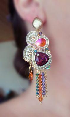 Una nota de color Ribbon Jewelry, Fabric Jewelry, Jewelry Art, Beaded Jewelry, Jewelry Crafts, Jewelry Design, Earrings Handmade, Handmade Jewelry, Unique Jewelry