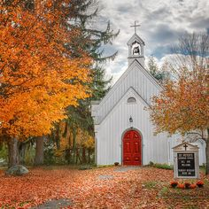 A little country church tucked away in the Litchfield Hills of Connecticut.