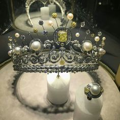 @mariigem. Incredible #chaumet #highjewelry #tiara photo by @zahrat_khaleej