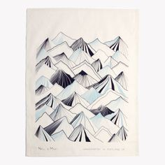 Torchon-en-coton-bio-imprime-montagnes-51-x-66cm-bleu-glace-v1