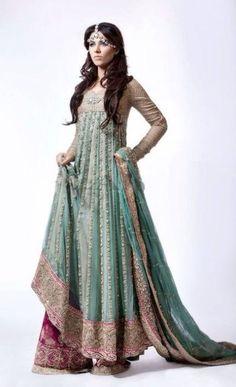 Dhaka pants! I need this outfit.